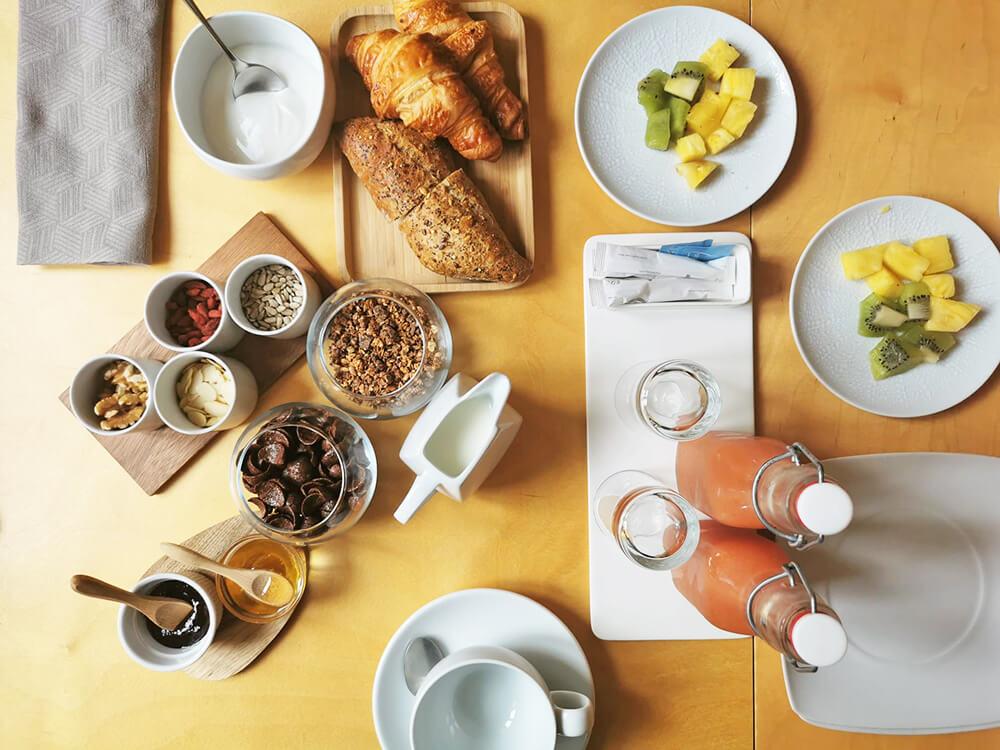design-hotel-serra-da-estrela-casa-das-penhas-colazione