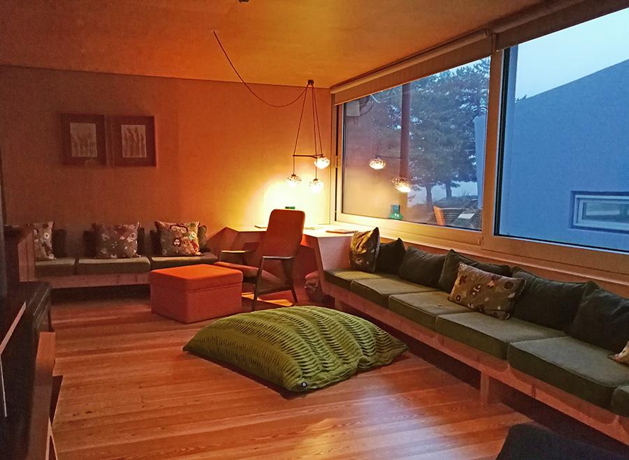 design-hotel-serra-da-estrela-casa-das-penhas-douradas-sala-relax